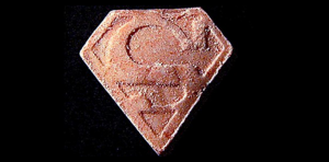 Superman Pille mit PMMA