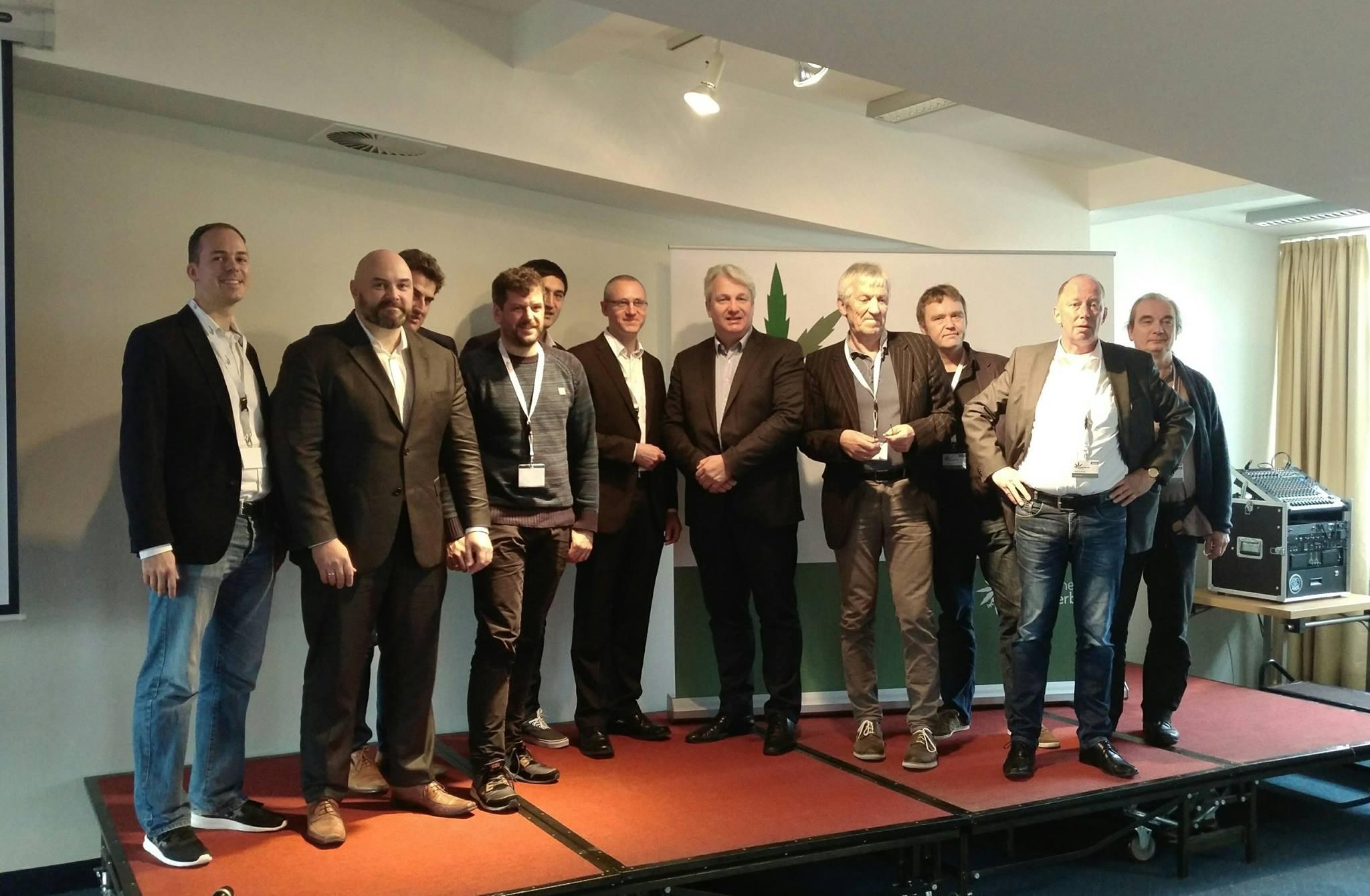 DHV-Konferenz 2017 Eröffnungspodium. Bild: Deutscher Hanfverband.