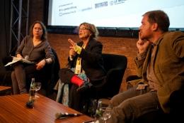 Agnes Heller (Mitte). Foto: Fiona Krakenbürger