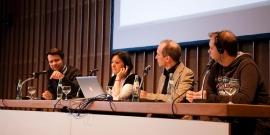 Peter Sunde (rechts) auf der Diskussion über Bezahlen im Internet. Foto: Fiona Krakenbürger