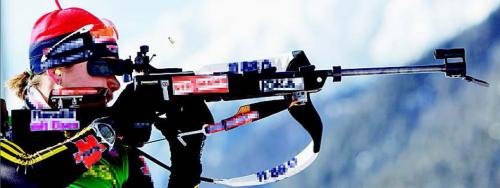 Magdalena Neuner ist voller Werbung. Die taz verpixelt sie jetzt. Foto: Reuters