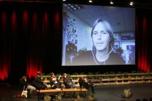 Paul Poet, Jerome Ringo, Ines Pohl, Robert Misik, Daniel Cohn-Bendit und, via Internet, Lisa Fithian. Foto: David Oliveira