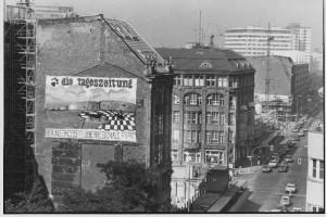 taz-Gebäude vor dem Anbau des Neubaus