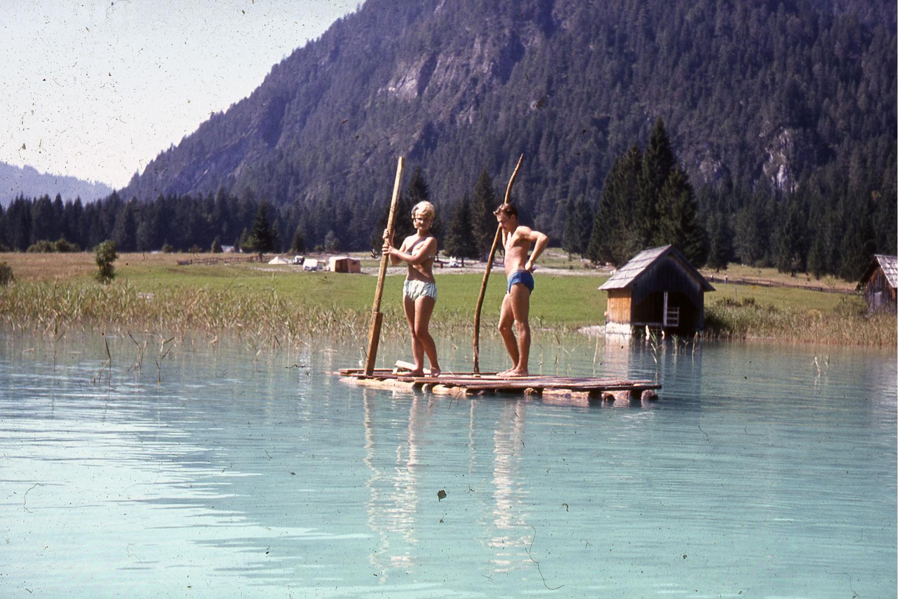 taz blogs » auf metaphorischen flössen/ kurzurlaub im hyperrealen
