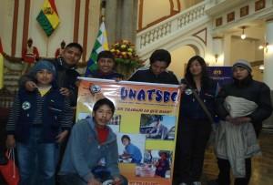 Tage des Kindes in Bolivien: Organisierte Kinderarbeiter im Praesidentenpalast, Quelle: UNATSBO