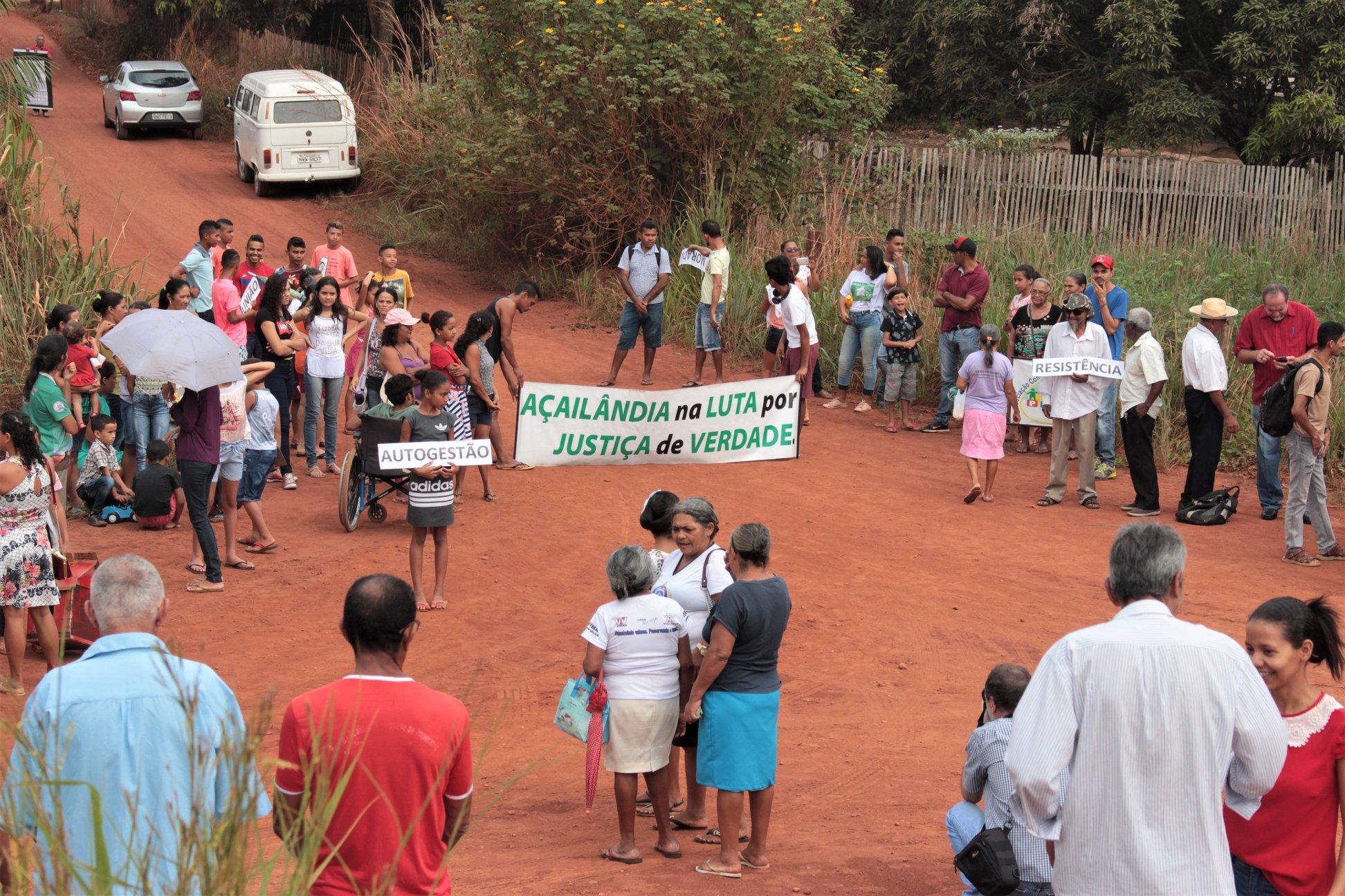 Mittlereile erfolgt: Fest zur Grundsteinlegung des neuen Piquiá de Baixo. Foto vom 23. November 2018, FOTO: Justiça nos Trilhos