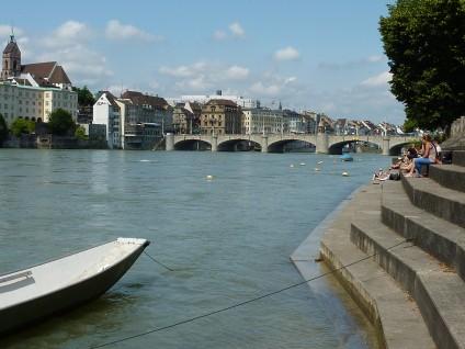 Die Mittlere Rheinbrücke verbindet Gross- und Kleinbasel