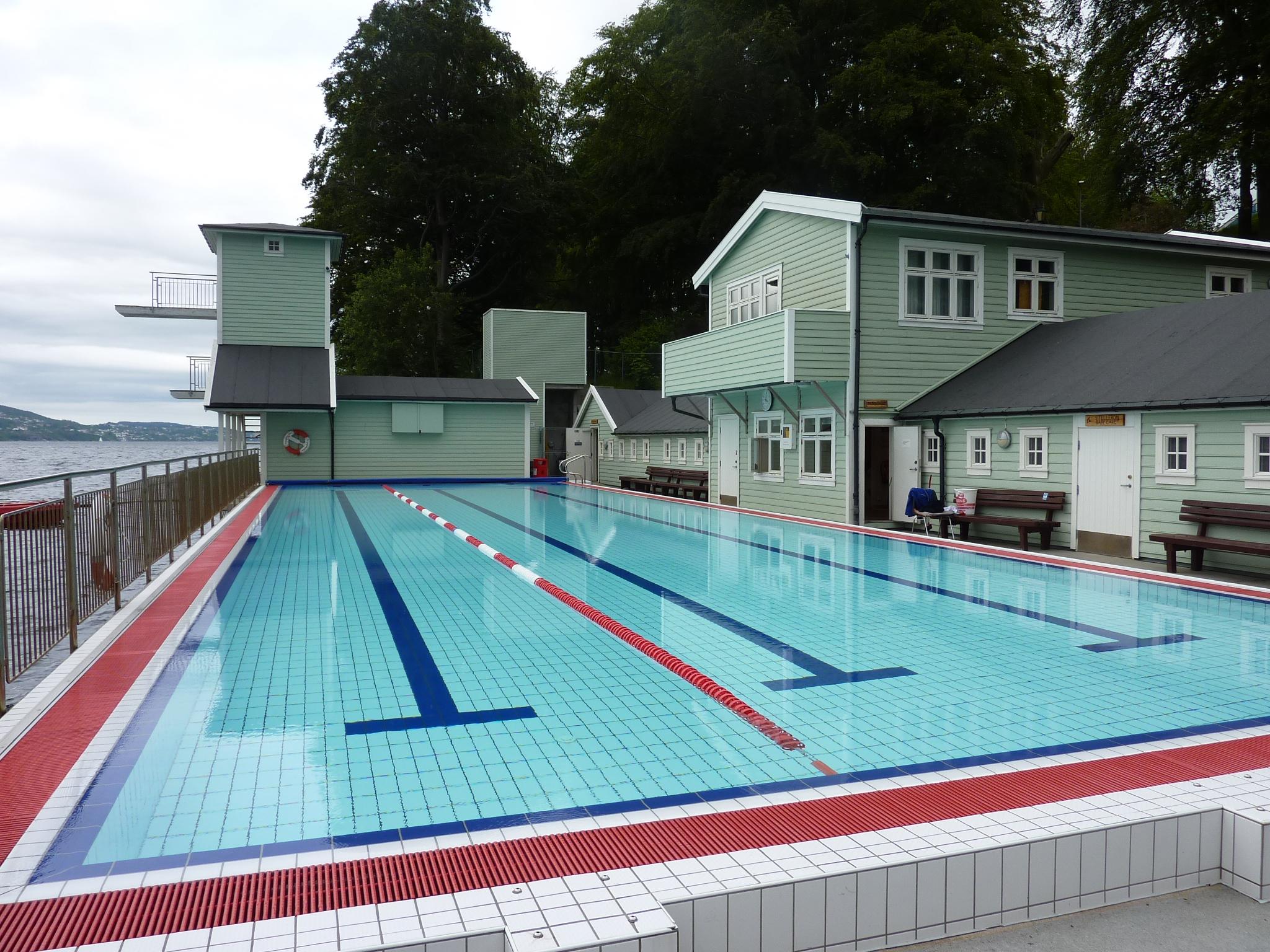 Schwimmbad Stadtbergen prinzenbad schwimmen in norwegen 2