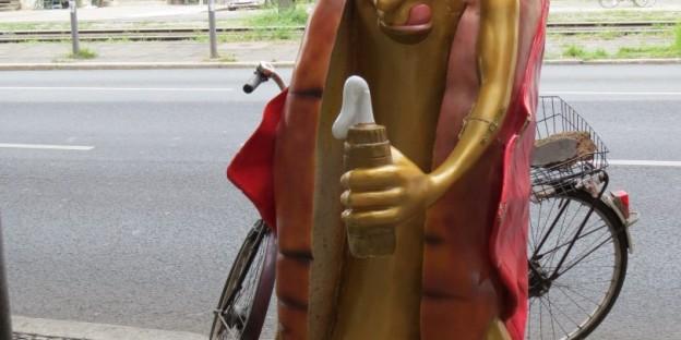 Wurst mit Ketchup