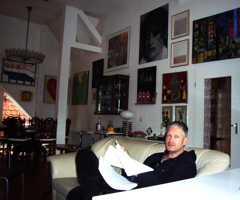 till kaposty bliss bilder news infos aus dem web. Black Bedroom Furniture Sets. Home Design Ideas