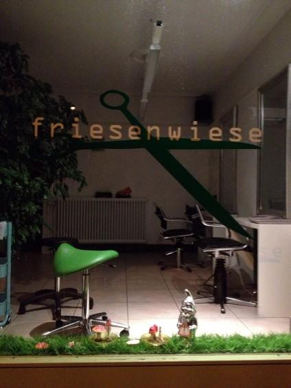 Friseursalon ›Friesenwiese‹ in Basel. tazblog Schröder & Kalender