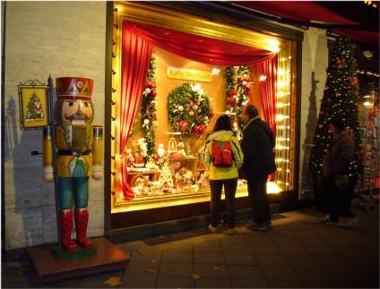 Weihnachtsbeleuchtung-27-1, tazblog Schröder & Kalender, Foto: Barbara Kalender