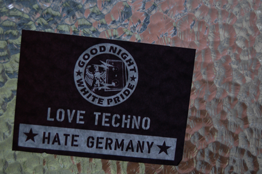 lt-hg-sticker